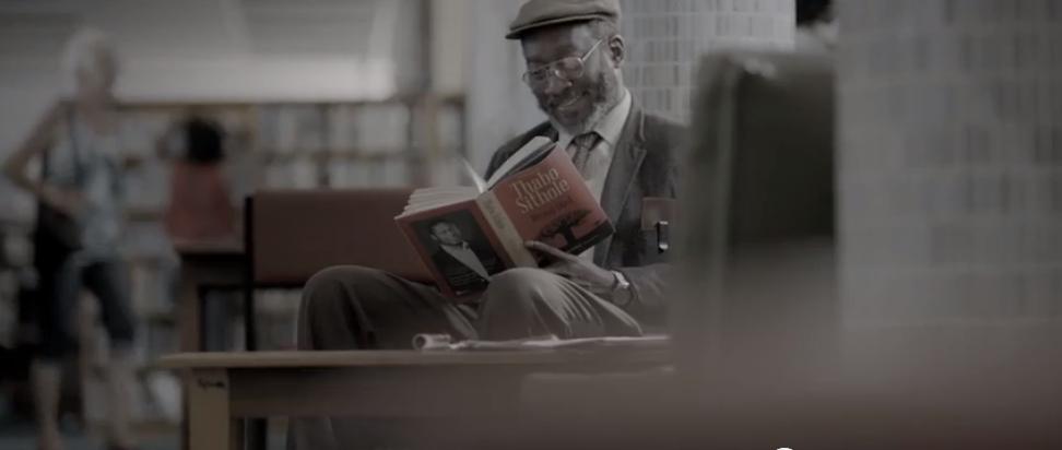 """Storytelling Beispiel: Eine Analyse von Bell's Whisky """"The Reader"""""""